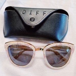 NWOT DIFF eyewear polarized rose sunglasses